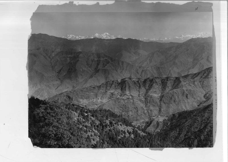 Mission Photograph Album - India - O.P. #02 Page 0011