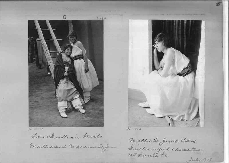 Mission Photograph Albums - Indians #1 page 0045