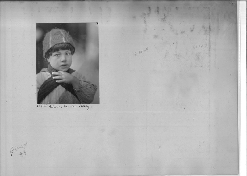 Mission Photograph Album - Europe #04 Page 0005