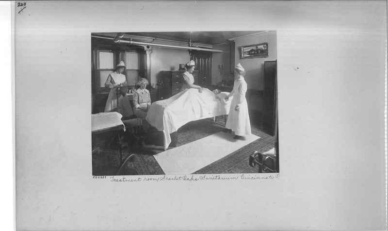 hospitals-homes-01_0200.jpg