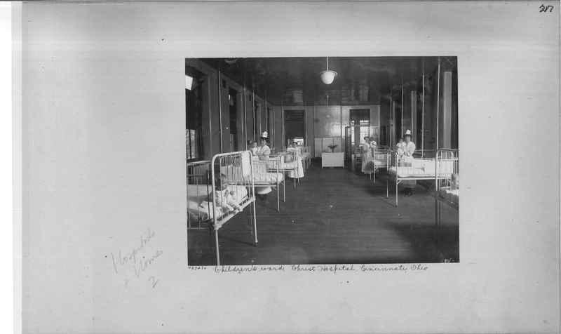 hospitals-homes-02_0217.jpg
